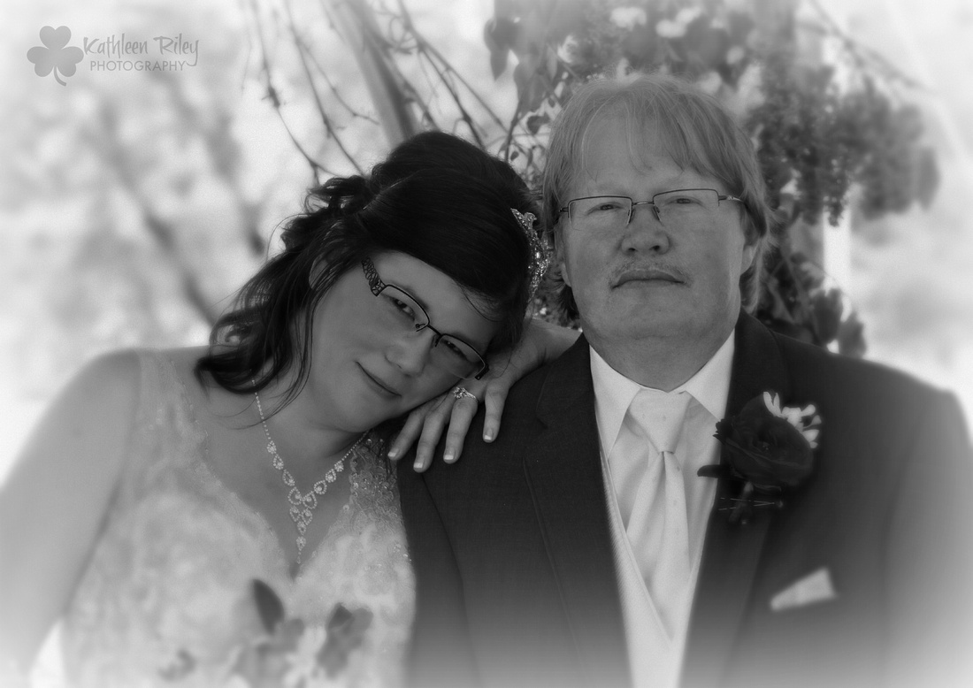 Black and White wedding photography, we love it too.