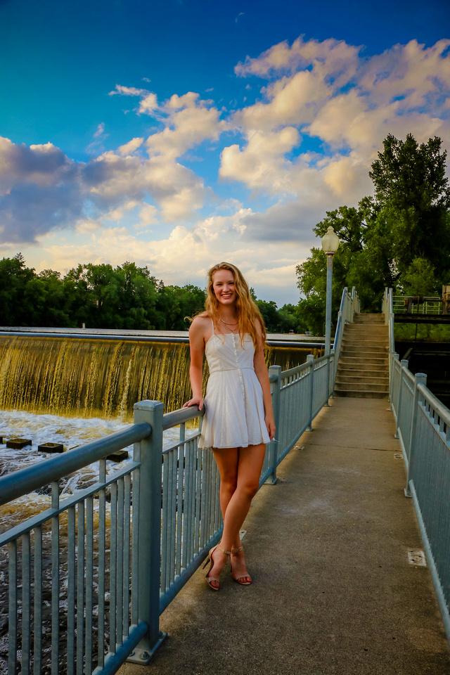 Senior High School Photos Anoka Minnesota